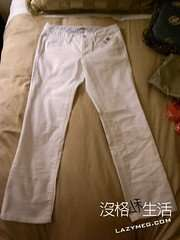 GAP買的白色牛仔褲 好多年沒買過白褲了