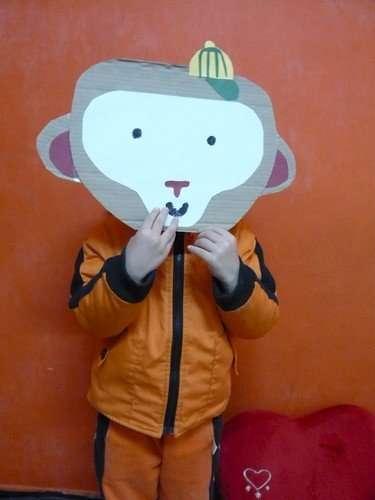 爸爸做的猴子面具